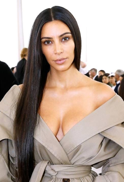 kim-kardashian-d20402b3-c77d-496d-b9d7-14fd3d8c7b31