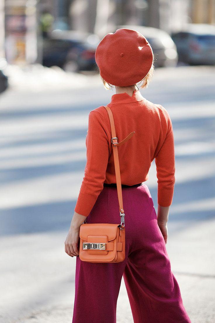 beret orange